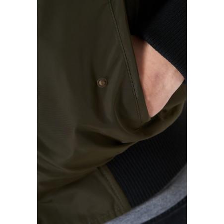 Kieszeń kurtki bomberki KSW London zielonej